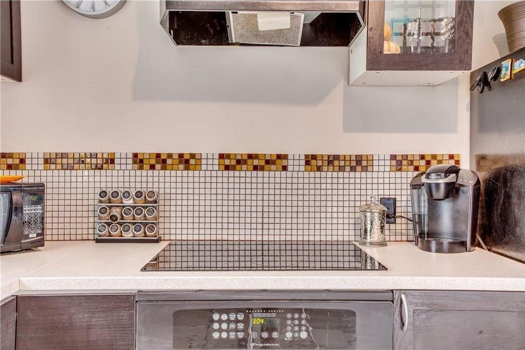 Photo 20: Photos: 111 ERIN RIDGE Road SE in Calgary: Erin Woods House for sale : MLS®# C4162823