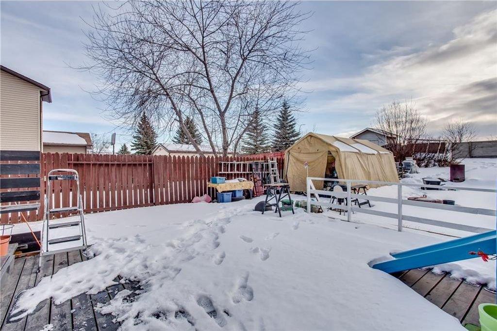 Photo 40: Photos: 111 ERIN RIDGE Road SE in Calgary: Erin Woods House for sale : MLS®# C4162823