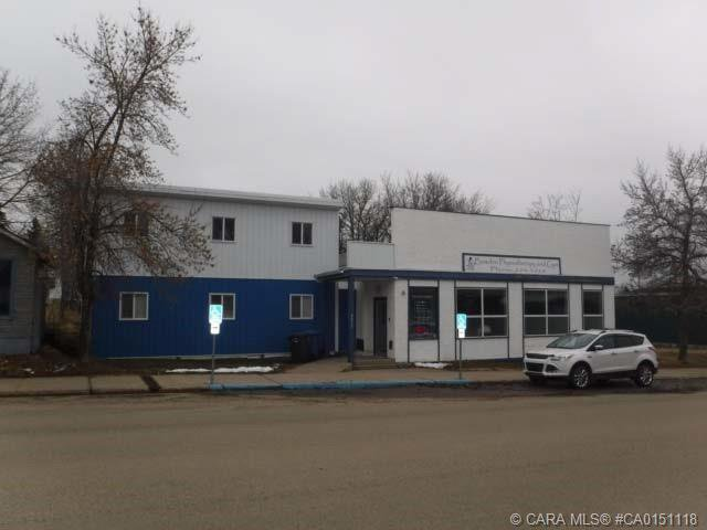 Main Photo: 2023 20 Avenue in Bowden: Commercial for sale or lease : MLS®# CA0151118