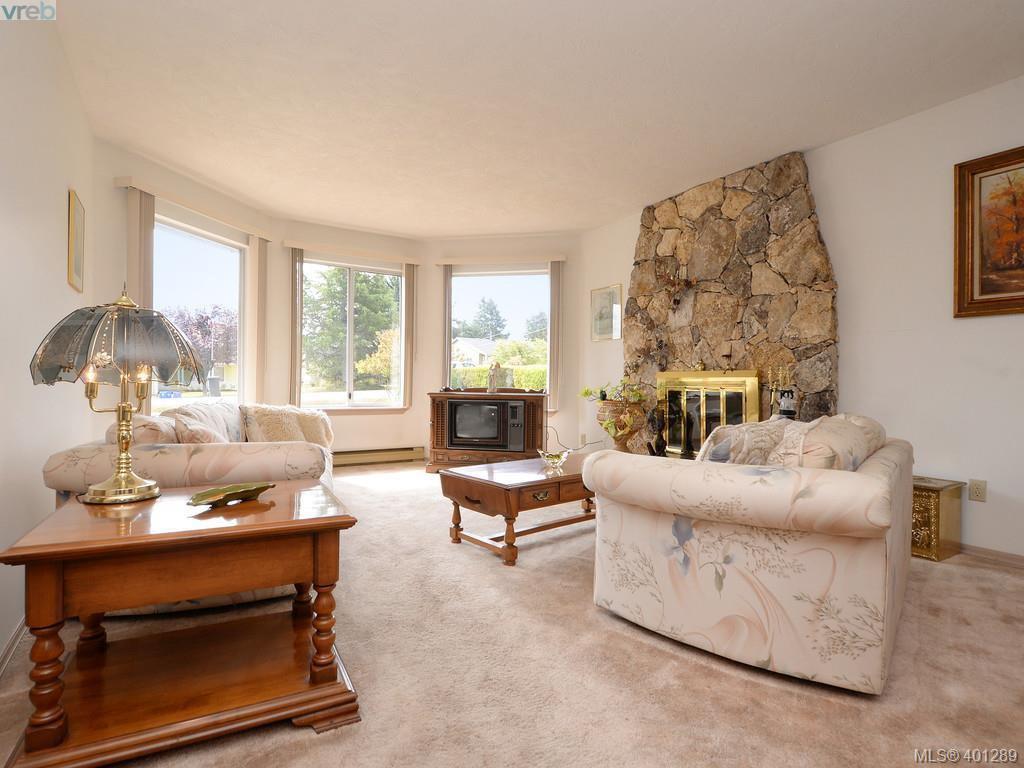Photo 2: Photos: 6538 E Grant Rd in SOOKE: Sk Sooke Vill Core House for sale (Sooke)  : MLS®# 800804