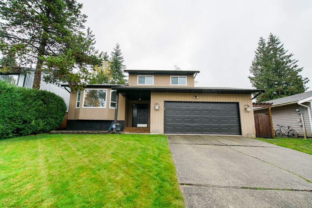 Main Photo: 20488 88A Avenue in Langley: Walnut Grove House for sale : MLS®# R2325772