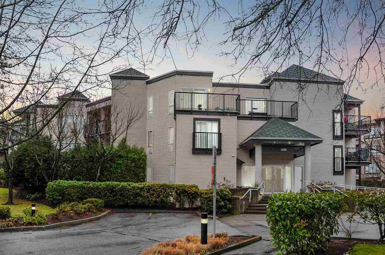 "Main Photo: 211 2429 HAWTHORNE Avenue in Port Coquitlam: Central Pt Coquitlam Condo for sale in ""STONEBROOK"" : MLS®# R2328778"