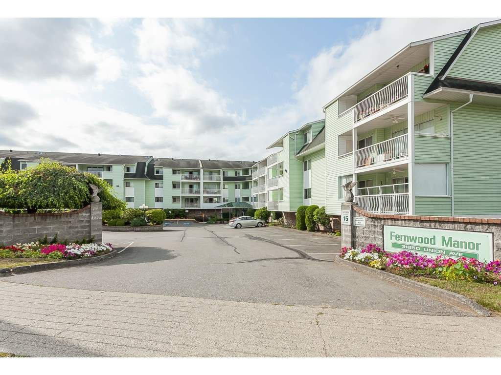"Main Photo: 206 31850 UNION Avenue in Abbotsford: Abbotsford West Condo for sale in ""Fernwood Manor"" : MLS®# R2392804"