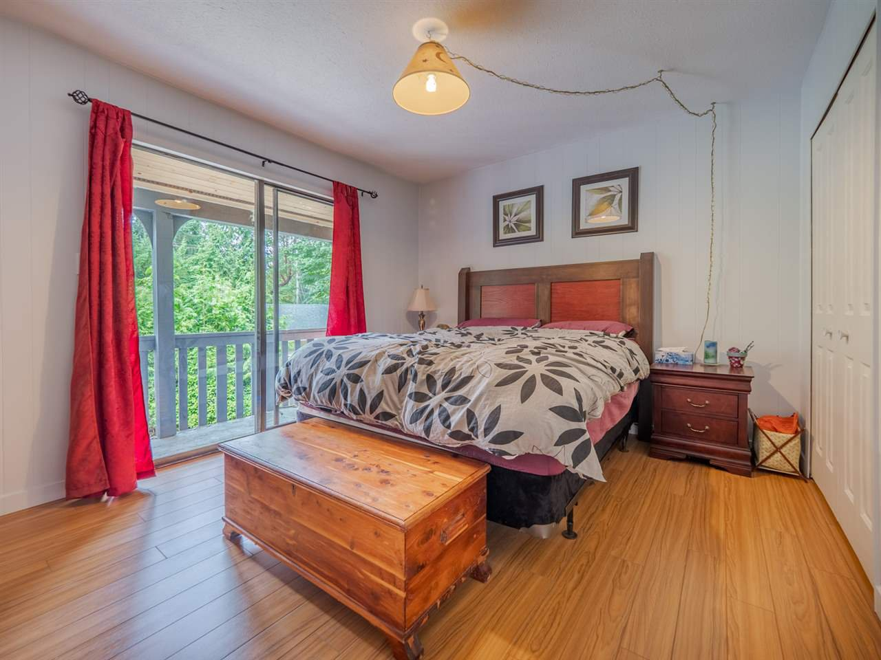 Photo 10: Photos: 1625 BLOWER Road in Sechelt: Sechelt District House for sale (Sunshine Coast)  : MLS®# R2394268