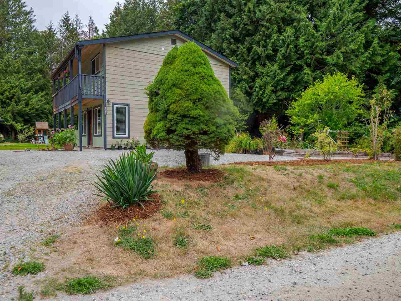 Photo 20: Photos: 1625 BLOWER Road in Sechelt: Sechelt District House for sale (Sunshine Coast)  : MLS®# R2394268