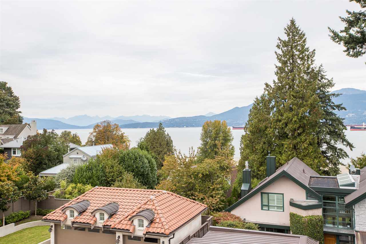 Photo 18: Photos: 4639 SIMPSON Avenue in Vancouver: Point Grey House for sale (Vancouver West)  : MLS®# R2412221