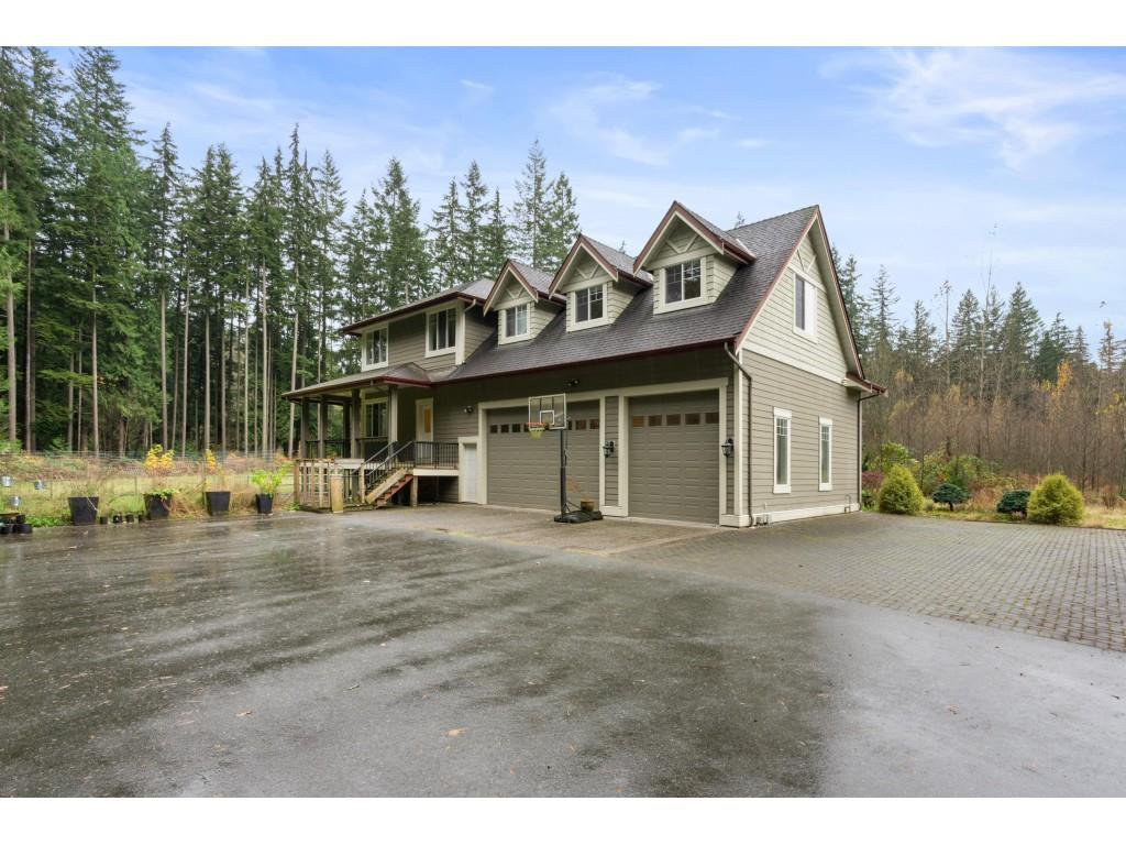 Main Photo: 11722 272 Street in Maple Ridge: Whonnock House for sale : MLS®# R2518748