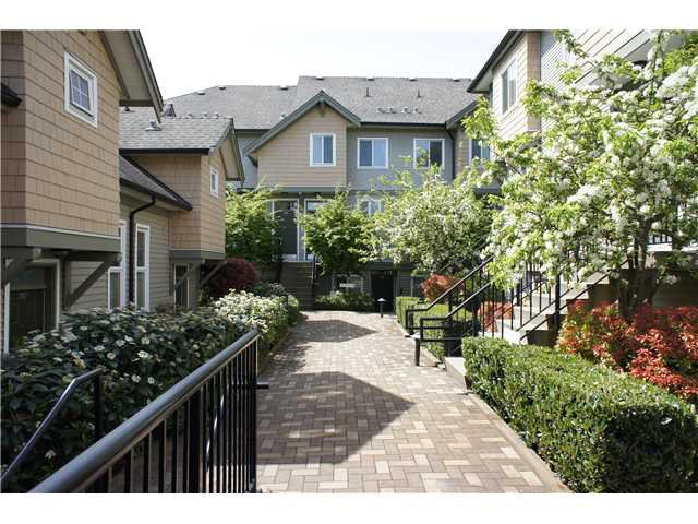 """Main Photo: 208 4238 ALBERT Street in Burnaby: Vancouver Heights Townhouse for sale in """"VILLAGIO"""" (Burnaby North)  : MLS®# V1068687"""