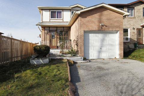 Main Photo: 4 Woodward Crest in Ajax: Central House (2-Storey) for sale : MLS®# E3073701