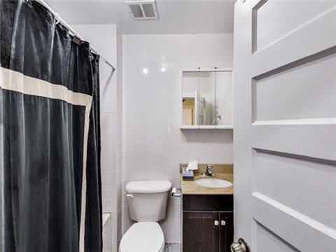 Photo 7: Photos: 119 Boultbee Avenue in Toronto: Blake-Jones House (2 1/2 Storey) for sale (Toronto E01)  : MLS®# E3101282