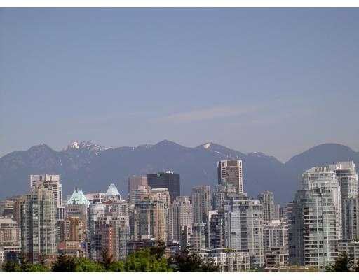 "Main Photo: 204 943 W 8TH AV in Vancouver: Fairview VW Condo for sale in ""SOUTHPORT"" (Vancouver West)  : MLS®# V536722"
