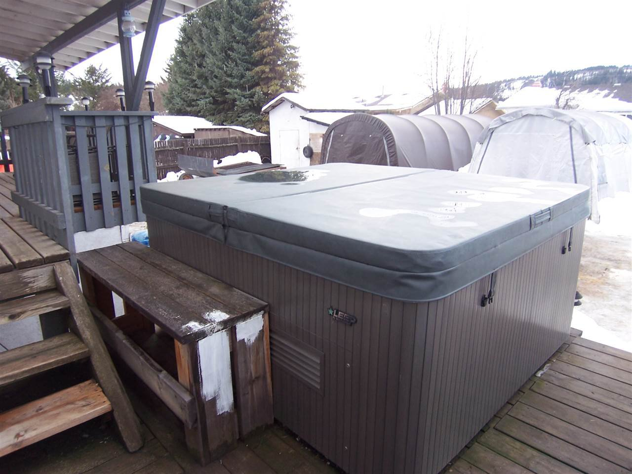 Photo 13: Photos: 484 RITCHIE Avenue: Quesnel - Town House for sale (Quesnel (Zone 28))  : MLS®# R2029328