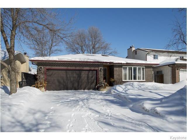 Main Photo: 7 Avril Lane in WINNIPEG: Charleswood Residential for sale (South Winnipeg)  : MLS®# 1604391