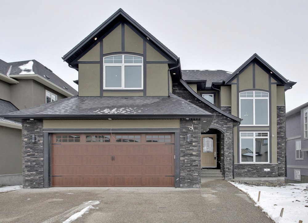 Main Photo: 232 Kinniburg Circle Chestermere in Alberta: 2 Storey for sale : MLS®# C4003441