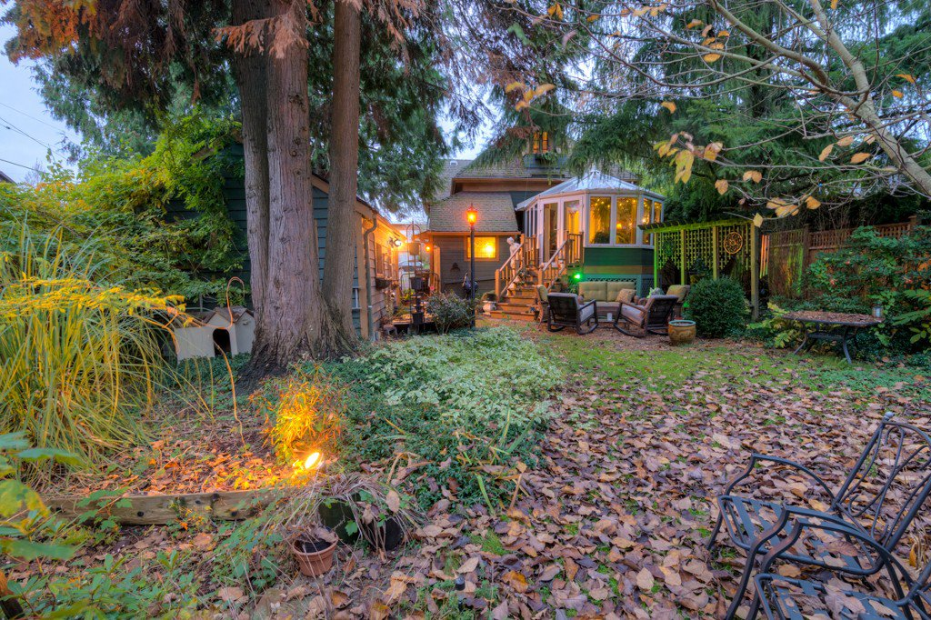 "Photo 90: Photos: 214 FOURTH Avenue in New Westminster: Queens Park House for sale in ""QUEENS PARK"" : MLS®# R2136258"