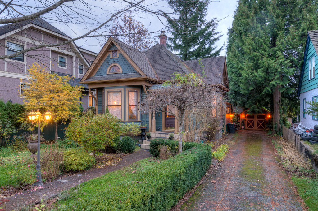 "Photo 95: Photos: 214 FOURTH Avenue in New Westminster: Queens Park House for sale in ""QUEENS PARK"" : MLS®# R2136258"