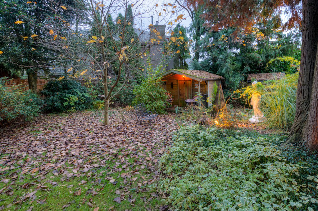 "Photo 87: Photos: 214 FOURTH Avenue in New Westminster: Queens Park House for sale in ""QUEENS PARK"" : MLS®# R2136258"