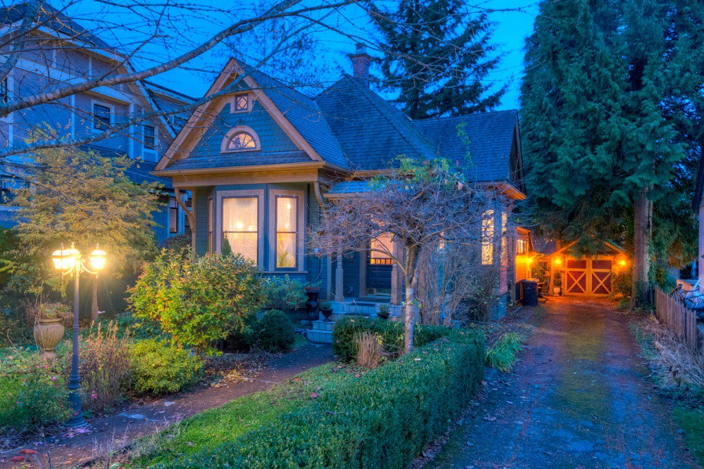"Photo 103: Photos: 214 FOURTH Avenue in New Westminster: Queens Park House for sale in ""QUEENS PARK"" : MLS®# R2136258"