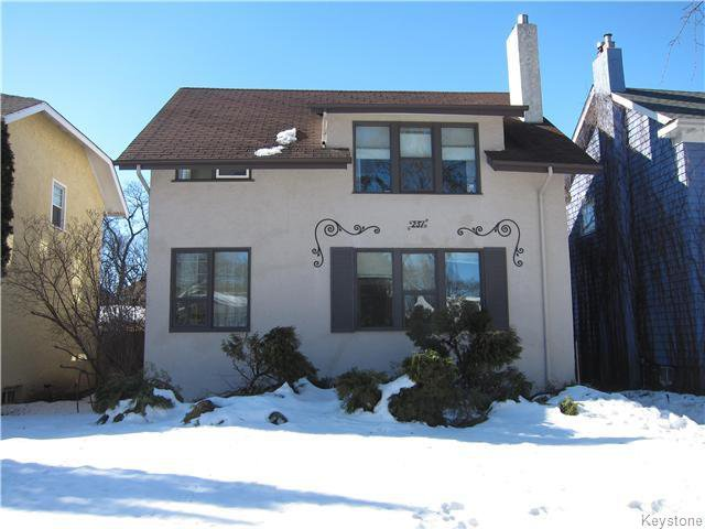 Main Photo: 251 Niagara Street in Winnipeg: River Heights North Residential for sale (1C)  : MLS®# 1703816
