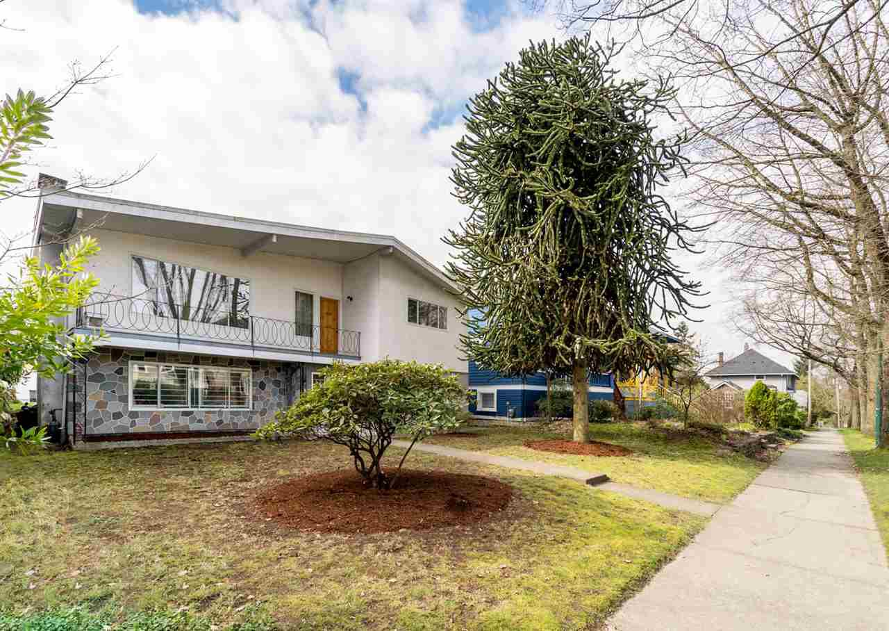"""Photo 1: Photos: 1244 E 23RD Avenue in Vancouver: Knight House for sale in """"Cedar Cottage"""" (Vancouver East)  : MLS®# R2157171"""