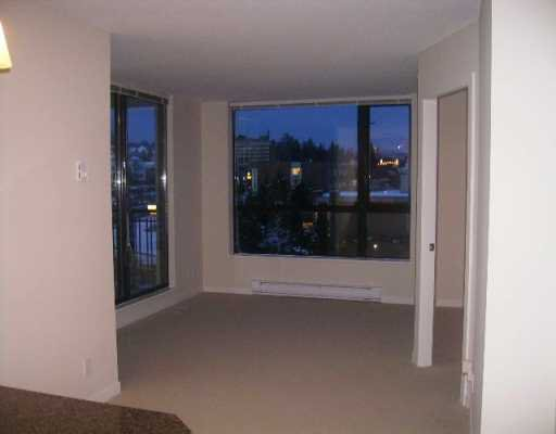 "Main Photo: 813 AGNES Street in New Westminster: Downtown NW Condo for sale in ""NEWS"" : MLS®# V626336"