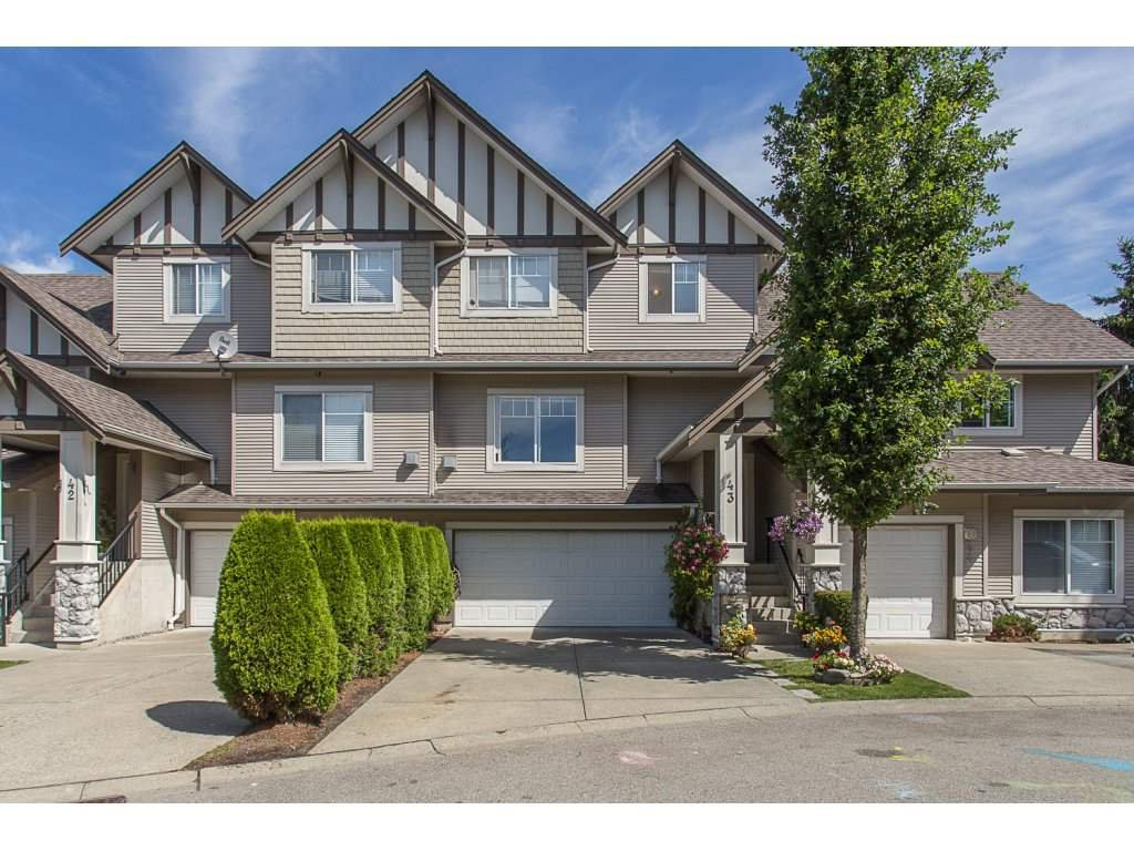 "Main Photo: 43 18181 68 Avenue in Surrey: Cloverdale BC Townhouse for sale in ""THE MAGNOLIA"" (Cloverdale)  : MLS®# R2191663"