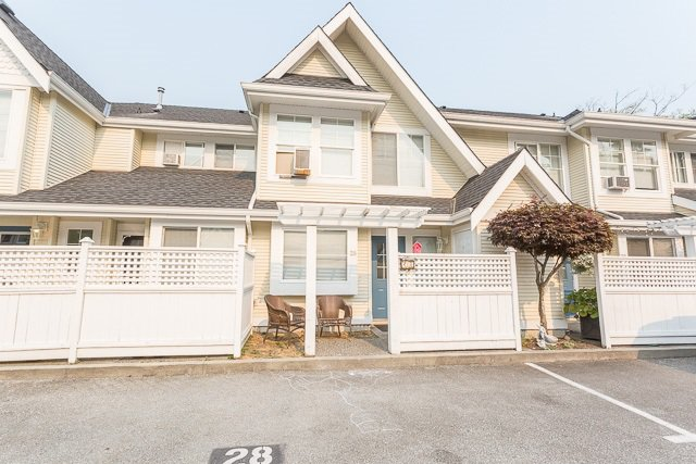 Hollyhock - great location with parking out front