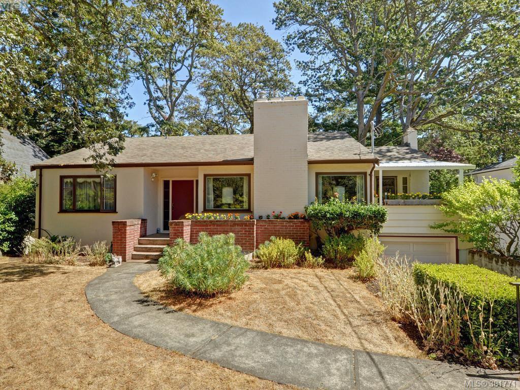 Main Photo: 945 FOUL BAY Road in VICTORIA: OB South Oak Bay Single Family Detached for sale (Oak Bay)  : MLS®# 381771