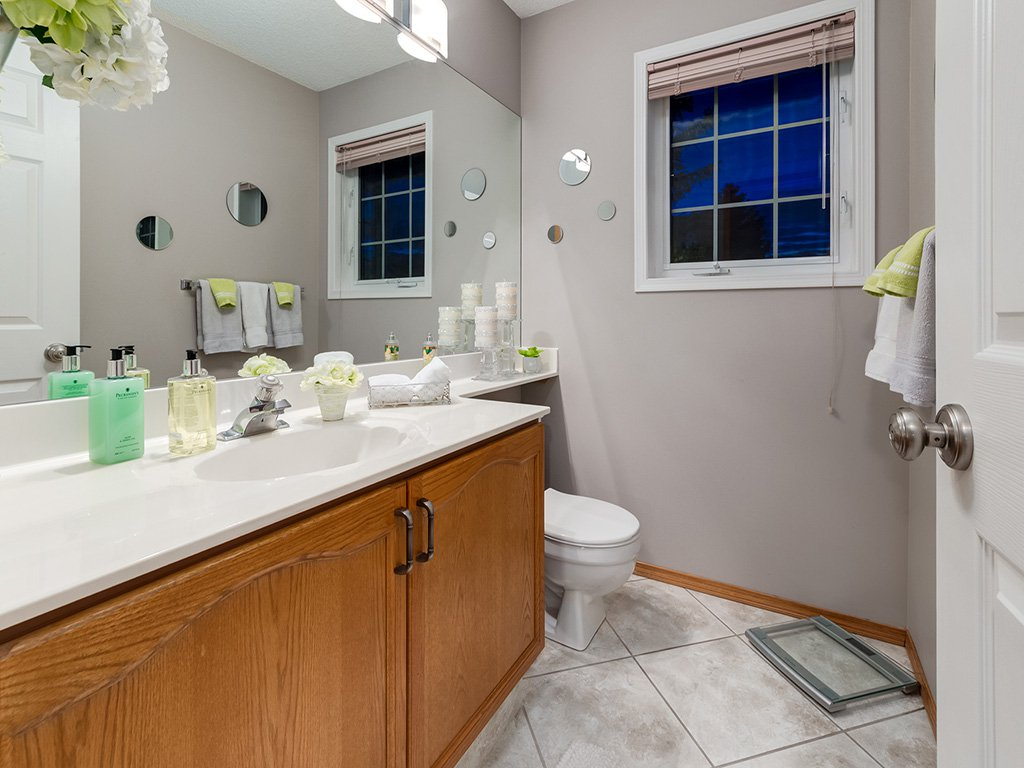 Photo 18: Photos: 22 Lincoln Green SW in : Lincoln Park House for sale (Calgary)  : MLS®# c4143515