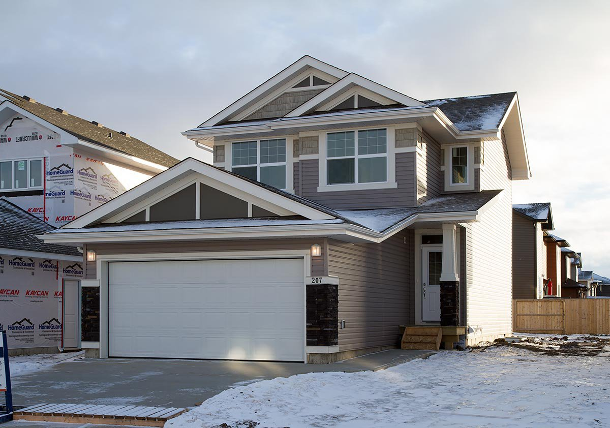 Main Photo: 207 Childers Cove in Saskatoon: Kensington Residential for sale : MLS®# SK714880
