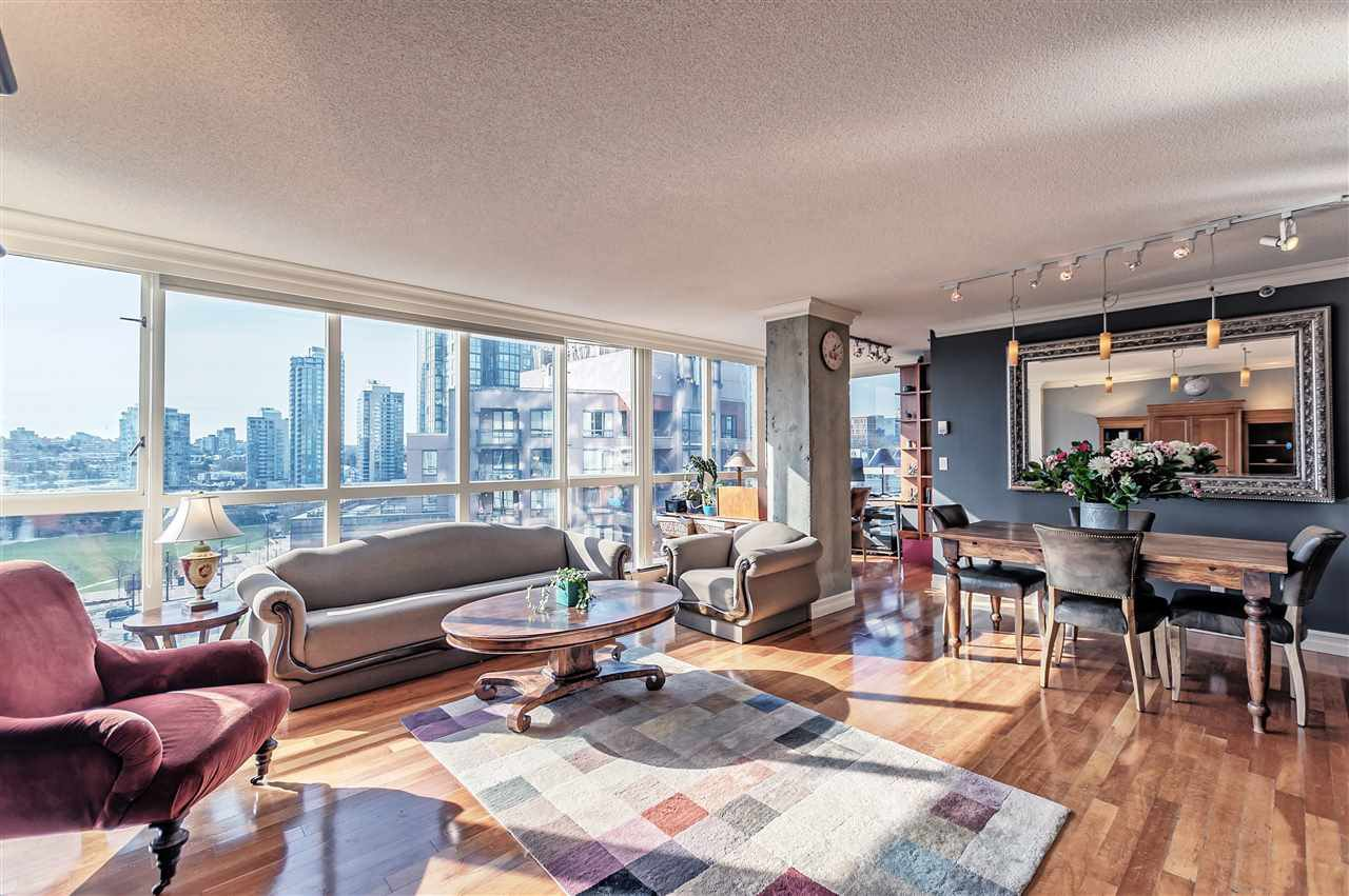 Main Photo: 903 212 DAVIE STREET in Vancouver: Yaletown Condo for sale (Vancouver West)  : MLS®# R2226235