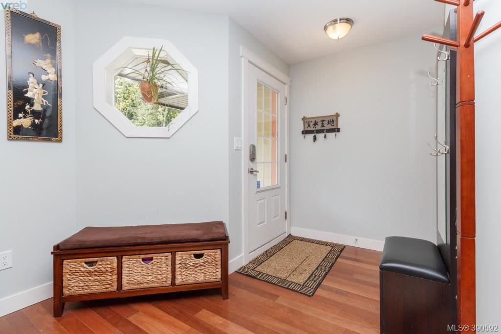 Photo 2: Photos: 204 954 Walfred Road in VICTORIA: La Walfred Townhouse for sale (Langford)  : MLS®# 390592
