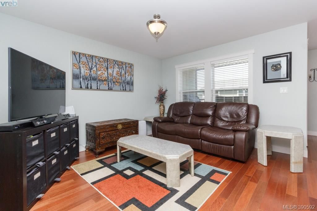 Photo 8: Photos: 204 954 Walfred Road in VICTORIA: La Walfred Townhouse for sale (Langford)  : MLS®# 390592