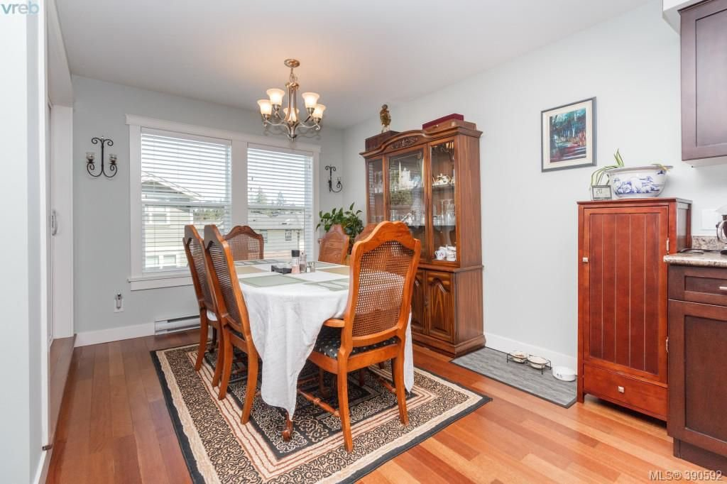 Photo 5: Photos: 204 954 Walfred Road in VICTORIA: La Walfred Townhouse for sale (Langford)  : MLS®# 390592