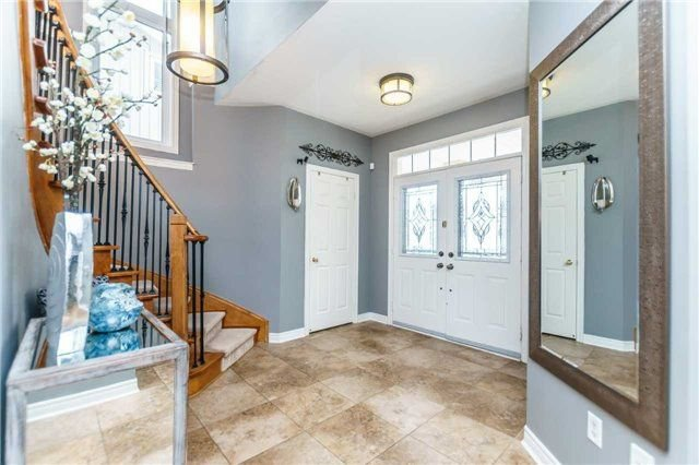 Photo 2: Photos: 81 Helston Crescent in Whitby: Brooklin House (2-Storey) for sale : MLS®# E4126070