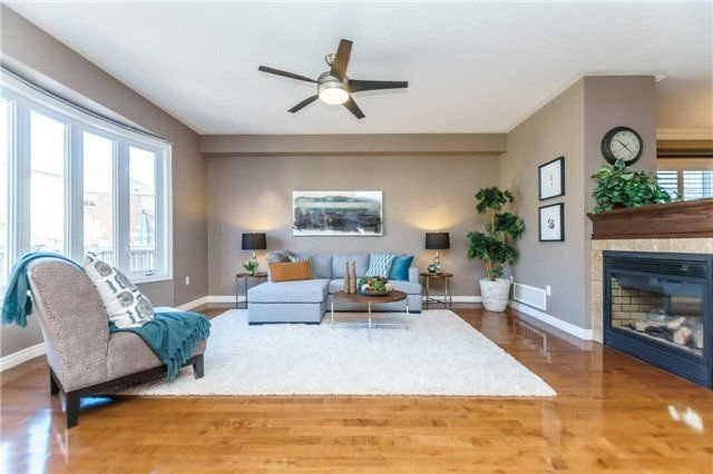 Photo 7: Photos: 81 Helston Crescent in Whitby: Brooklin House (2-Storey) for sale : MLS®# E4126070