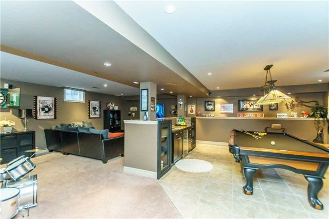 Photo 18: Photos: 81 Helston Crescent in Whitby: Brooklin House (2-Storey) for sale : MLS®# E4126070