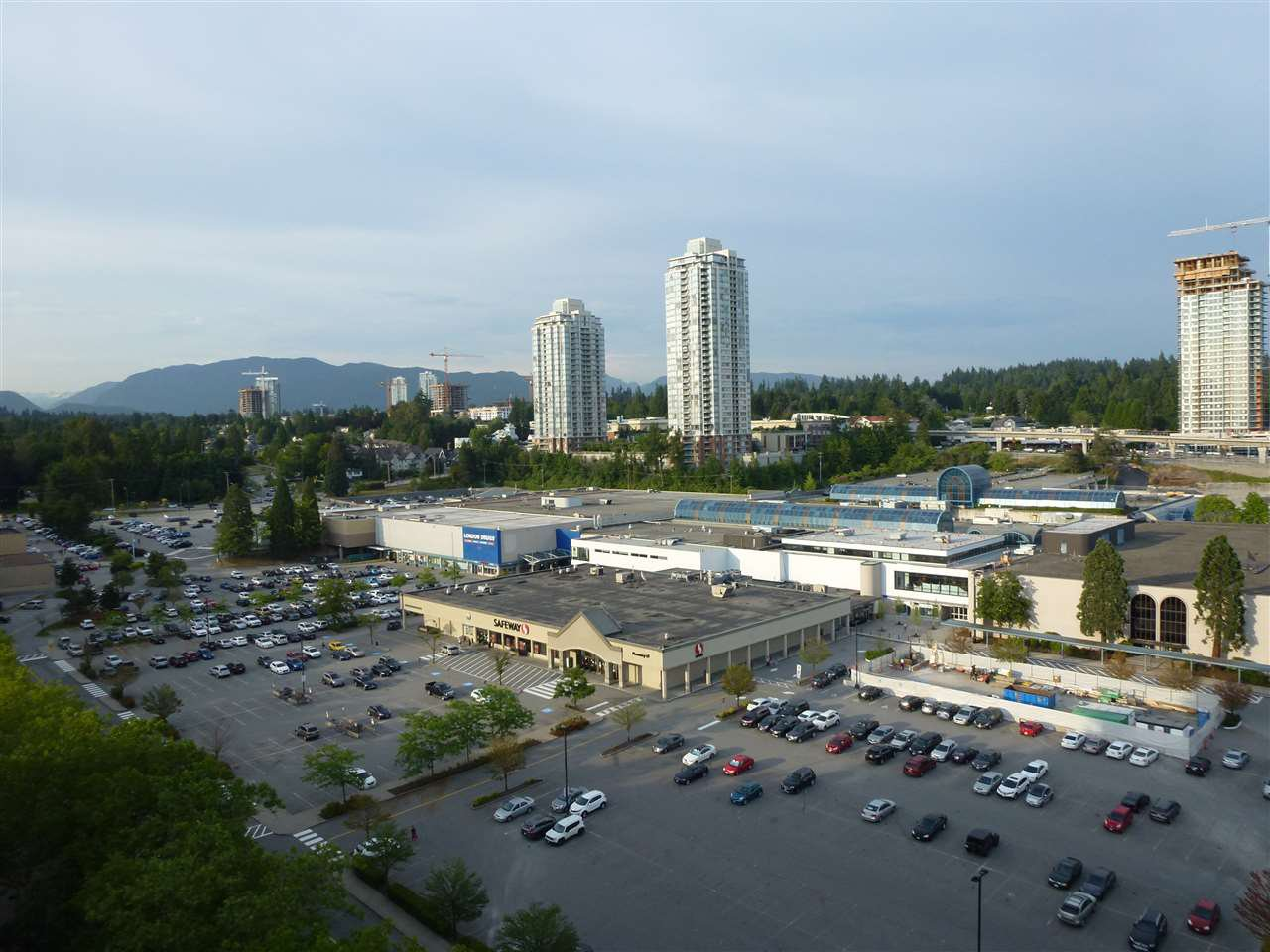 "Main Photo: 1705 3771 BARTLETT Court in Burnaby: Sullivan Heights Condo for sale in ""TIMBERLEA"" (Burnaby North)  : MLS®# R2282089"