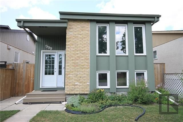 Main Photo: 599 Novavista Drive in Winnipeg: Meadowood Residential for sale (2E)  : MLS®# 1820497