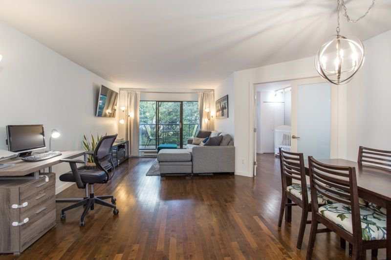 "Main Photo: 115 2222 PRINCE EDWARD Street in Vancouver: Mount Pleasant VE Condo for sale in ""Sunrise on the Park"" (Vancouver East)  : MLS®# R2307604"