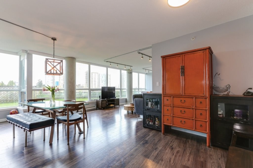 Photo 6: Photos: 516 6028 WILLINGDON Avenue in Burnaby: Metrotown Condo for sale (Burnaby South)  : MLS®# R2361340