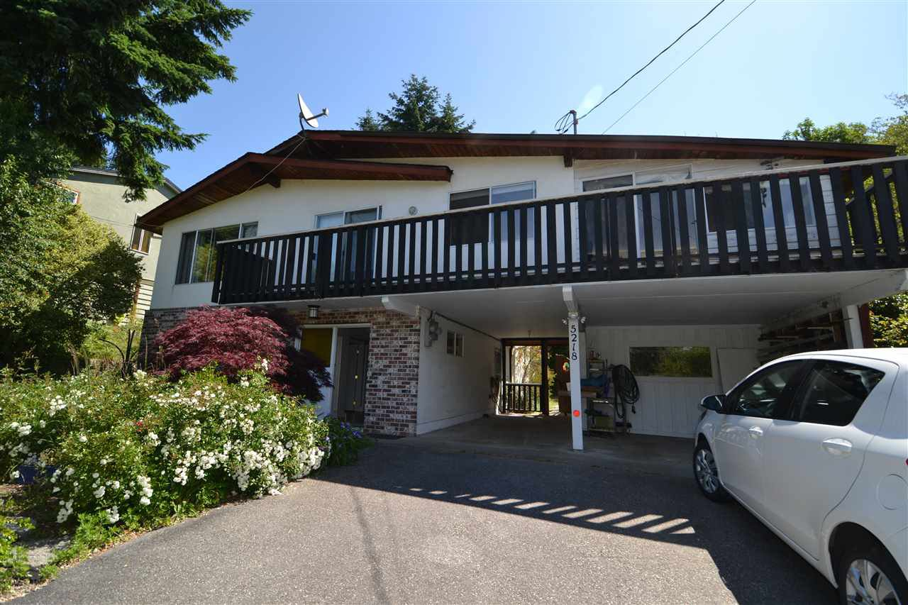 """Main Photo: 5218 RADCLIFFE Road in Sechelt: Sechelt District House for sale in """"SELMA PARK"""" (Sunshine Coast)  : MLS®# R2381007"""