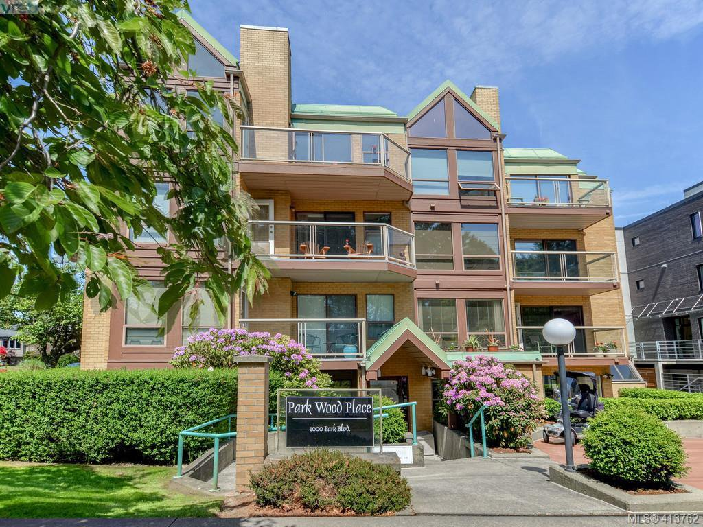 Main Photo: 201 1000 Park Boulevard in VICTORIA: Vi Fairfield West Condo Apartment for sale (Victoria)  : MLS®# 413762