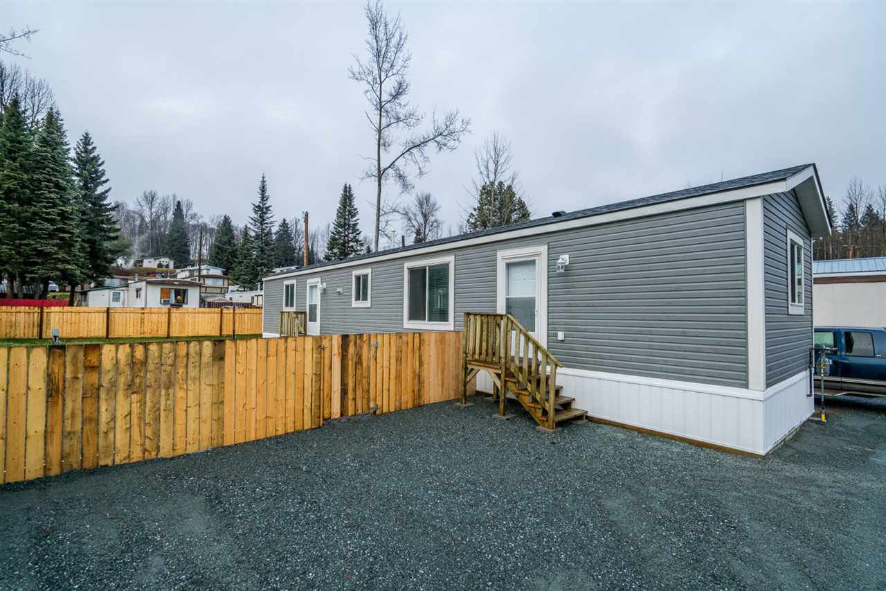Main Photo: G6 5931 COOK Court in Prince George: Hart Highway Manufactured Home for sale (PG City North (Zone 73))  : MLS®# R2421069