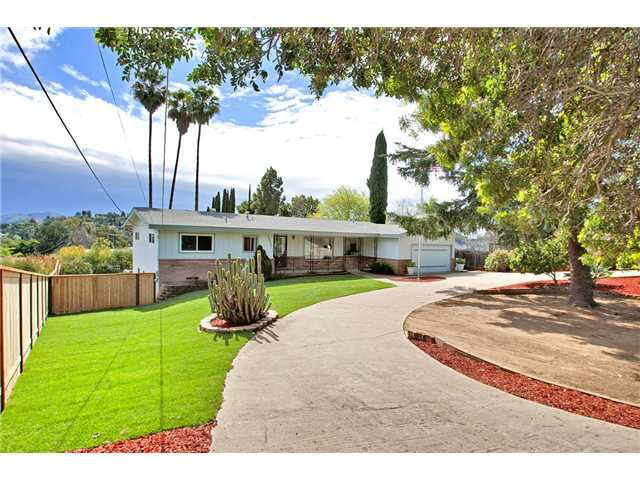 Main Photo: MOUNT HELIX House for sale : 3 bedrooms : 10601 Itzamna in La Mesa
