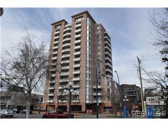 Main Photo: 402 930 Yates Street in VICTORIA: Vi Downtown Condo Apartment for sale (Victoria)  : MLS®# 290238