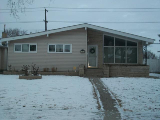 Main Photo: 31 Gilia Drive in WINNIPEG: West Kildonan / Garden City Residential for sale (North West Winnipeg)  : MLS®# 1123882