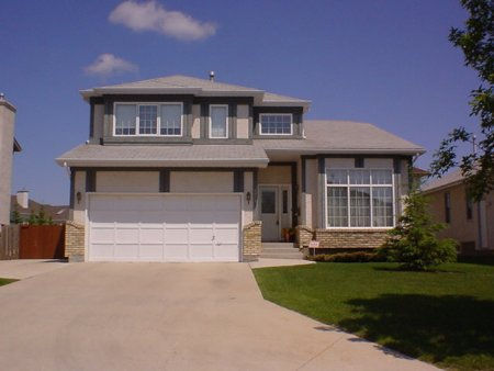 Main Photo: 121 Royal Park Cres.: Residential for sale (Southland Park)  : MLS®# 2307229