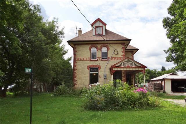 Main Photo: 682387 260 Sdrd in Melancthon: Rural Melancthon House (2 1/2 Storey) for sale : MLS®# X3294749
