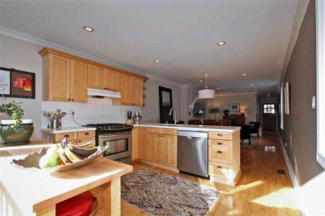 Photo 11: Photos: 71 Burgess Avenue in Toronto: East End-Danforth House (2-Storey) for sale (Toronto E02)  : MLS®# E3395651